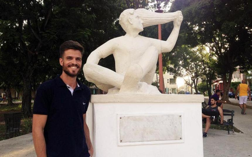monumento_cubano_a_la_wifi_2